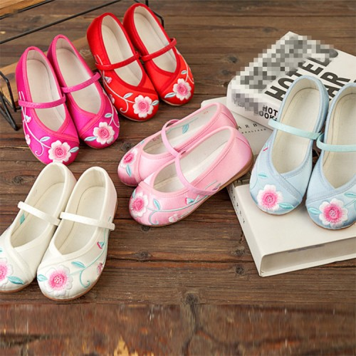 girls kids Chinese folk dance embroidered clothing shoes children comfortable soles stage performance feel rubber soles shoes