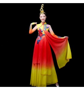 Women 's chinese folk  dance costumes yellow with red princess fairy cosplay dress ancient traditional yangko umreblla dance dress