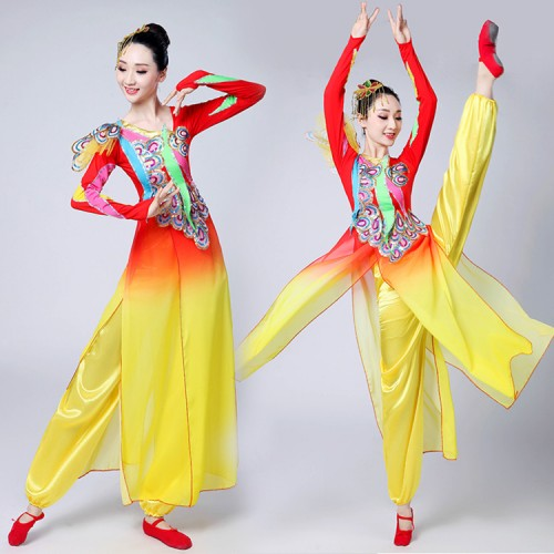 Chinese ancient folk dance costumes for women female red and gold gradient ancient traditional fairy drummer drama photos cosplay fan dance costumes