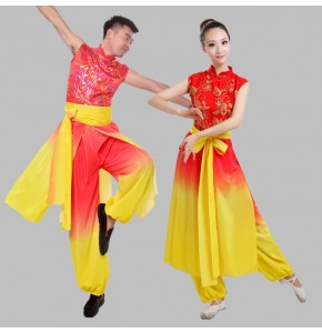 Chinese Traditional Women men Dress Chinese Fairy Dress Red yellow gradient folk Clothing drummer play Chinese Ancient Costumes