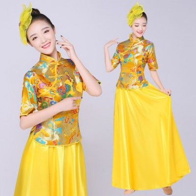 Yellow satin drummer Traditional yangko Chinese Costume Female  Costume Chinese Folk music Dance Costume Women's Performance Dancing Costumes