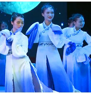 Women's chinese folk dance costumes blue gradient ancient traditional yangko fairy fan umbrella classical dance dresses for female and girls