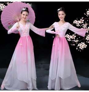 Women's chinese folk dance dresses petals umbrella yangko dance ancient traditional classical fairy drama cosplay costumes