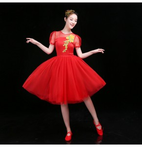 Women's chinese folk dance dresses reg gold colored ancient traditional classical yangko fan umbrella dance costumes dresses