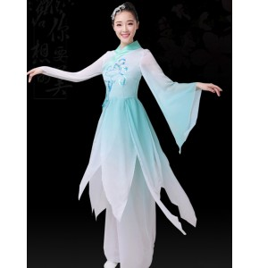 Women's green gradient colored chinese folk dance costumes umbrella Hanfu fairy princess traditional classical dance dresses